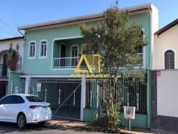 Excelente casa para locação no bairro João Paulo ll, em Pouso Alegre.