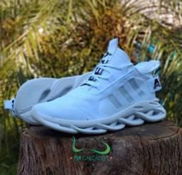 Tênis Adidas Maverick branco (ENTREGA GRÁTIS)
