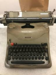 Máquina de escrever retrô Olivetti Lexikon 80