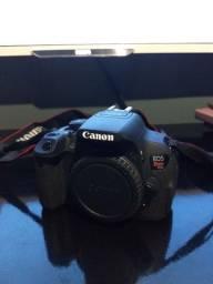 Canon T5i completa