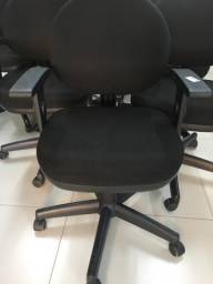 Cadeira cavaletti só 270 reais cada parcelamos em até 6x