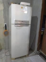 Geladeira Electrolux Frost Free DF 46