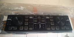 Controladora cmd Behringer micro DJ