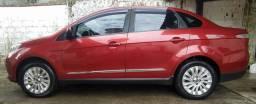 Fiat Grand Siena Essence 1.6 2015