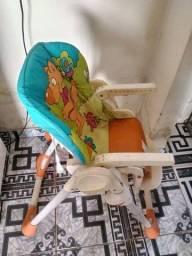 Cadeira de criança  em bom estado de conservação
