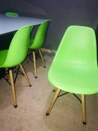 Cadeiras Eiffel cor verde