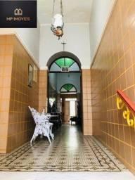 Casa duplex com 4 quartos, são 360m2 no Centro em São Luís-MA