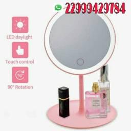 Lindo espelho p mesa com luz ajustável