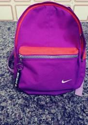 Mochila da Nike infantil rosa