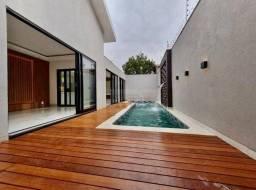 Casa com 4 quartos à venda, 200 m² por R$ 970.000 - Residencial Canaã - Rio Verde/GO