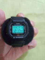 G-shock dw 5600e