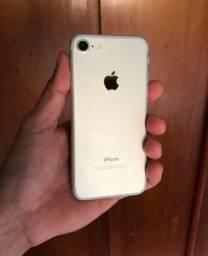 iPhone 7 32gb sem nenhum detalhe, extremamente novo