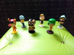 Título do anúncio: Coleção completa de bonecos do chaves Bobs