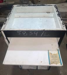 Caixa com gaveta, espaço para computador em MDF com vidro temperado