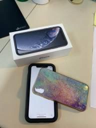 Título do anúncio: iPhone XR 64GB Preto - com caixa e acessórios