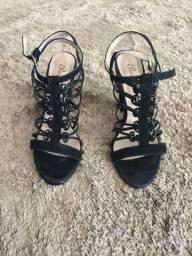 Sapatos N ° 33 Semi novos alguns novos