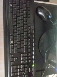 Vendo pc comoleto tela ,cpu, mause , teclado e caixinha de som