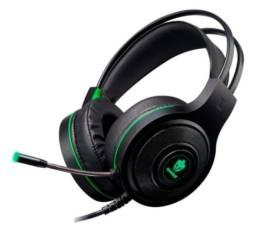 Fone de ouvido gamer Evolut Têmis EG301 preto e vermelho/preto e verde com luz LED