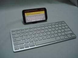 Teclado Bluetooth para Smartphones e Tablets - NOVO