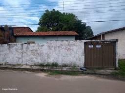 CG Vendo casa com quintal em Serra