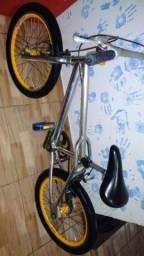 Vendo bike em ótimo estado