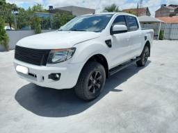 Ranger Xls 3.2 turbo diesel 4x4 cambio manual pneus novos em perfeito estado bx kil