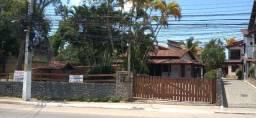 Vende-se Casa + 02 Suítes em Terreno Comercial  de 387 m2, no bairro da Rasa em Buzios