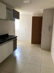 Vendo/Alugo Apto no bairro de Miramar-PB, sendo 4 quartos e 3 vagas de Garagem