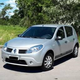 Renault Sandero Exp 1.0 16v revisado e com pneus novos - 2010