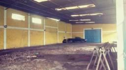Alugo Galpão para fins comerciais com 4.600 m2 total