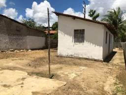 Vende-se um terreno com uma casa em Igarassu no valor de 25,000 mil