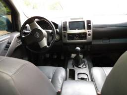 Camionete Nissan Frontier - 2013