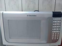Microondas Electrolux 31 litros aceito cartão, entrego