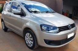 Volkswagen Fox modelo I-Trend 2013/2013 - Completo - 2013