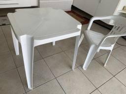 mesa e cadeiras Tramontina