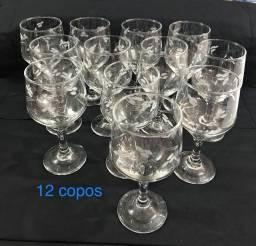 Taças de vidro - 12 peças - lindas e lapidadas