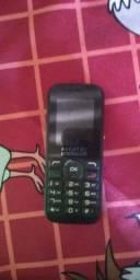 Vendo esse celular marca Alcatel