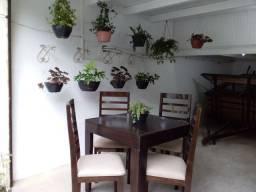 Mesa Jantar Madeira, cor Tabaco, Extensível Quadrangular 80x80 cm, Retangular 80x140 cm.