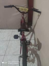 Bike novinha usada poucas vezes