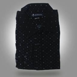 Camisa Social Slim Fit azul escura com desenho de âncoras Dudalina