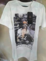 3 camisas John John M por 50 reais