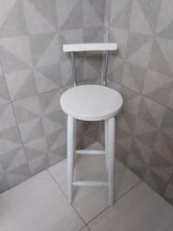 Oportunidade- excelente cadeira, ideal para balcão e lojas