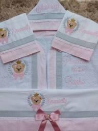 Kit Fraldas e toalha de bebê bordada