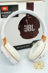 <br>01 Fone<br><br>01 Cabo USB