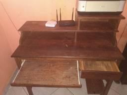 Mesa para computador negociavel