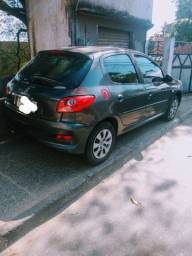 Peugeot 207  7,000 ano 2010/11 1.4 com gás