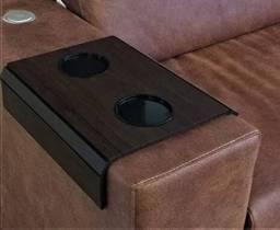 Esteira para braço de sofá com porta copo e controle