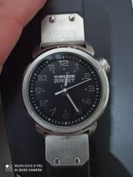 Relógio Yankee Street novo na caixa