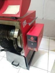 Maquina de espetinhos rimaq 360