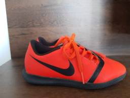 Tênis futsal Nike infantil